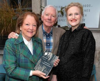 Gay Byrne & Kathleen Watkins with Sophie White at the launch of Recipes for a Nervous Breakdown.