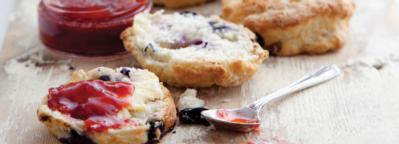 A Taste of Home: Lemonade, White Chocolate and Fraughan Scones